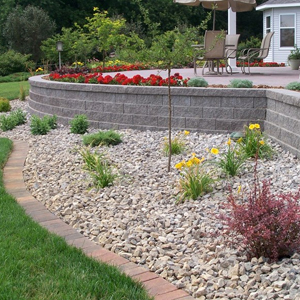Albert Lea, MN Backyard Landscaping